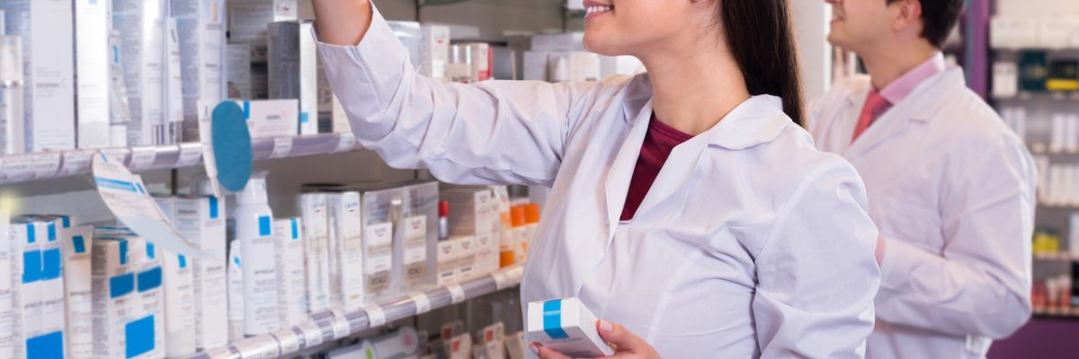 Pharmacy technician college courses